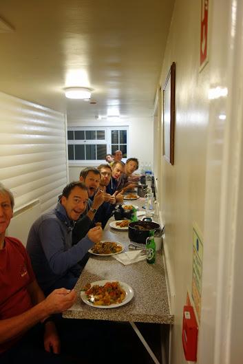 Full board accommodation coed y benin