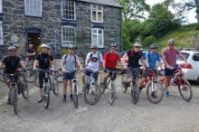 mountain bikng biking accommodation berwyn hills